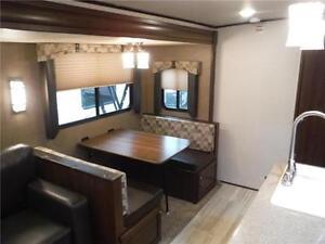 2017 Solaire 312TSQBK Ultra Lite 2 bedroom Travel Trailer Stratford Kitchener Area image 7