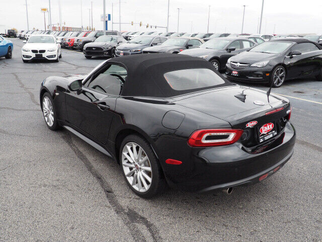 Image 7 Voiture American used Fiat 124 Spider 2017