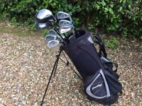 Dunlop carbon fibre shaft golf clubs with bag