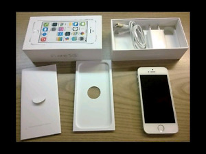 IPhone 5s blanc avec Bell/Virgin