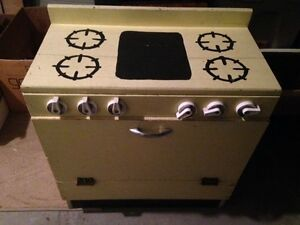 New price!!Adorable hand made kitchen set. New Price!!! Kitchener / Waterloo Kitchener Area image 1