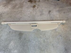 Cargo cover for Jeep Grand Cherokee