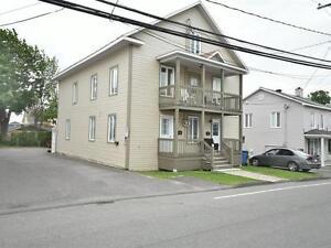 Triplex - à vendre - Rivière-du-Loup - 28407698