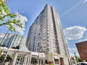 2 Bed+Den + 2 Bath Penthouse Near Square One for $2100