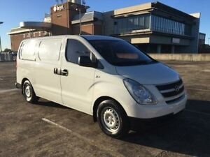 2010 Hyundai iLOAD TQ Crew White 5 Speed Automatic Van Carlingford The Hills District Preview