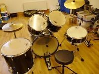 VOLT 7 PIECE DRUM KIT , CYMBALS AND STOOL