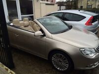 VW EOS FSI 2 litre petrol hardtop convertible £300 parrot system included