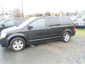 2010 GRAND CARAVAN FOR ONLY 6900$ , NEW MVI , WARRANTY