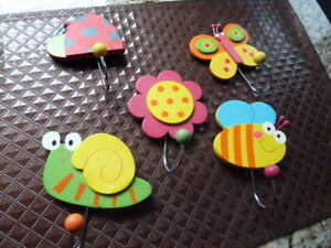 Set of 5 wooden hand painted bug and flowerhooks