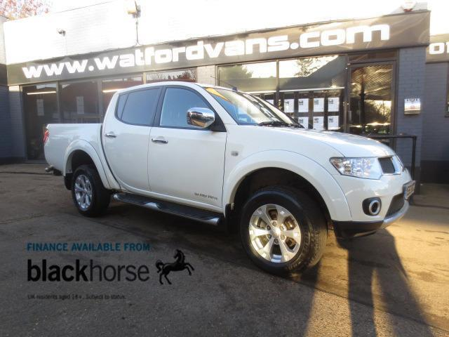2013 Mitsubishi L200 Barbarian 2.5 AUTO 4x4 Double Cab *Fully Loaded* Diesel whi