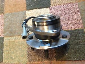 Front hub assembly for Chev Equinox