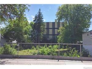 C-2 ZONED BUILDING LOT IN HIGH TRAFFIC LOCATION