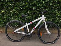 VANMOOF Single Speed Bike - Brand New Bicycle, White Bike