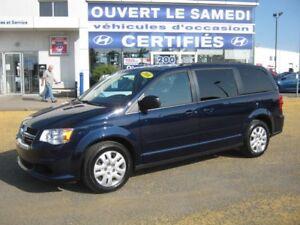 2016 Dodge Grand Caravan SXT **STOW N GO **Impeccable **