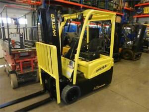Plusieurs 3 roues Toyota Hyster 4000 lbs 3 wheels