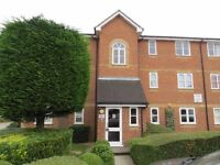 2 bed flat to rent in Taunton Drive, East Finchley N2 £1,473 pcm (£340 pw)