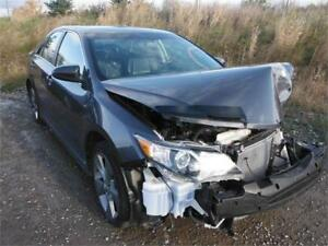 2014 Toyota Camry SE **BRANDED SALVAGE**