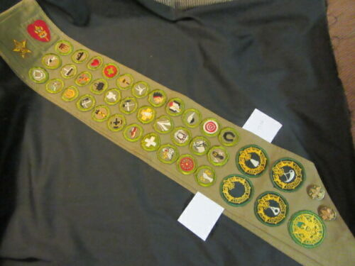 Merit Badge Sash, 33 mbs, Star Life Rank, & Ranger Program Patches      TH1 TCS6