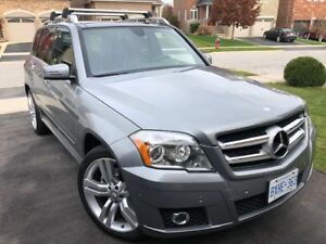 2011 Mercedes GLK350 in great condition. New tires and brakes!