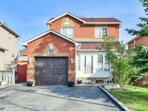 3BR 2WR Detached in Mississauga near Creditview/Pickwick