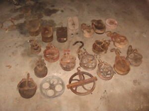 LOT ANCIEN POULIES OLD PULLEY