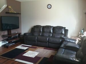 3Bed Townhouse Silverberry Area - One Month Free with year Lease