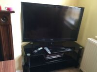 "42""LED TV+sky box+tv stand"