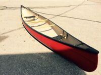 Scott Fiberglass Prospector 16ft Canoe with minor damages - READ