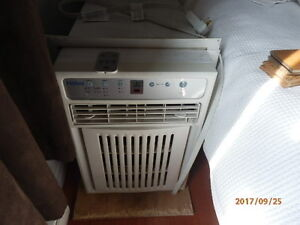 Haier  8000 btu electronic  airconditioner