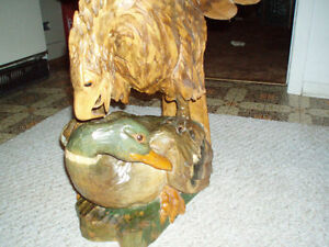 Beautiful Hand carved wooden Bald Eagle on Duck Cambridge Kitchener Area image 4