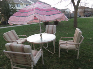 PATIO SET SUMMER COLOUR-PRICE REDUCED, GOOD CONDITION