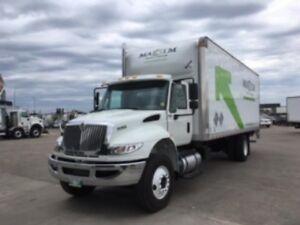 2018 International 4300 4x2, Used Dry Van