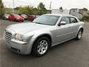 CHRYSLER 300 2006 AUTOMATIQUE FULL AC MAGS 140000KM