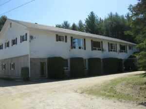 1,2,3 Bedroom Country living Appartments