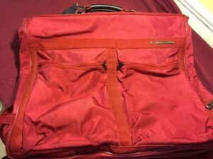 Samsonite Suit Bag Kingston Kingston Area image 1