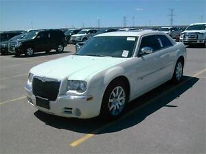 2010 CHRYSLER 300 C HEMI POWER LEATHER SUNROOF EASY FINANCE
