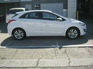2014 Hyundai i30 GD2 MY14 Trophy White 6 Speed Sports Automatic Hatchback Kippa-ring Redcliffe Area Preview