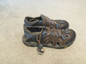Size 10 - Womens Merrell All Out Blaze Sieve - BRAND NEW!