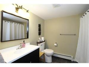 **GREAT LOCATION VERY CLEAN HOME FOR LEASE** Kitchener / Waterloo Kitchener Area image 8