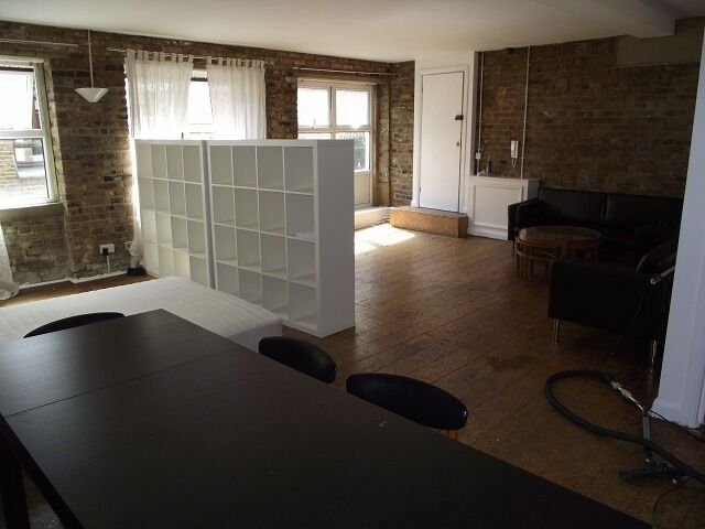EC2A - Huge Warehouse Converted Studio - Shoreditch