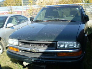 2002 Chevrolet S-10 Pickup Truck Prince George British Columbia image 1