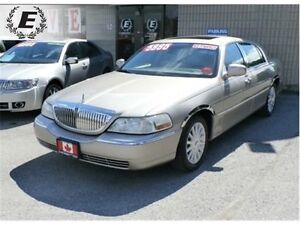 2003 Lincoln Town Car Signature WITH ALPINE SOUND SYSTEM