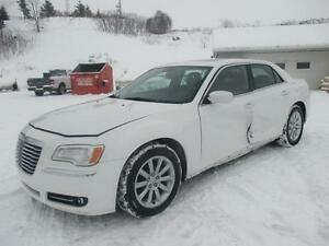 2013 Chrysler 300 Touring **BRANDED SALVAGE***