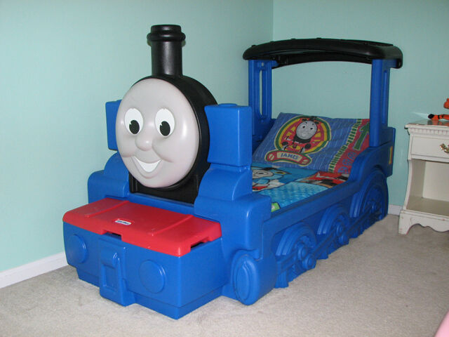 Little Tikes Toddler Thomas The Tank Engine Bed With
