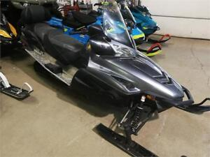 Yamaha touring 4 stroke electric and reverse 4 stroke