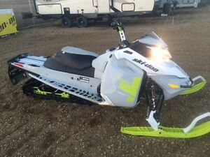 2014 Ski-Doo Freeride 137 800R E-Tec Pull Start