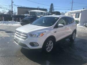 2017 Ford Escape SE 1.5L 4 CYL AUT CAMERA 12499$ 514-692-0093