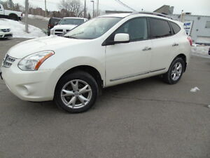 2011 Nissan Rogue AWD/Back up Camera/Heated Seats
