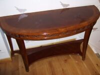 Half moon mahogany table, very good condition quality well made piece of attractive furniture