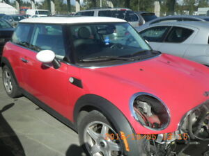 2007 MINI COOPER FOR PARTING OUT